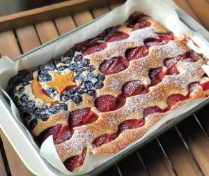 jalur-gemilang-mixed-fruity-pastry-cake