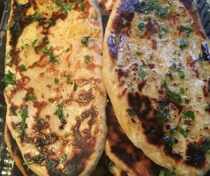 resepi-garlic-cheese-naan