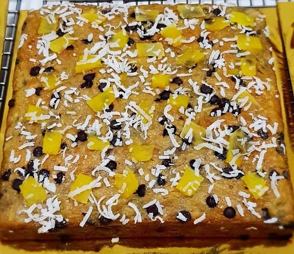 resepi-kek-pisang-tropika-cip-coklat