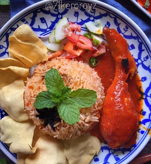resepi-ayam-masak-merah-dengan-nasi-tomato