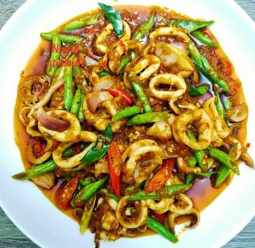 resepi-masakan-thai-sotong-phat-phet